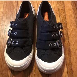 NWOT Rocket Dog Shoes